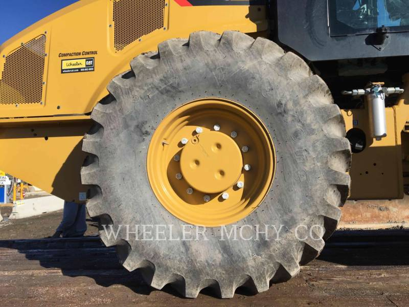 CATERPILLAR VIBRATORY SINGLE DRUM PAD CP74B equipment  photo 6