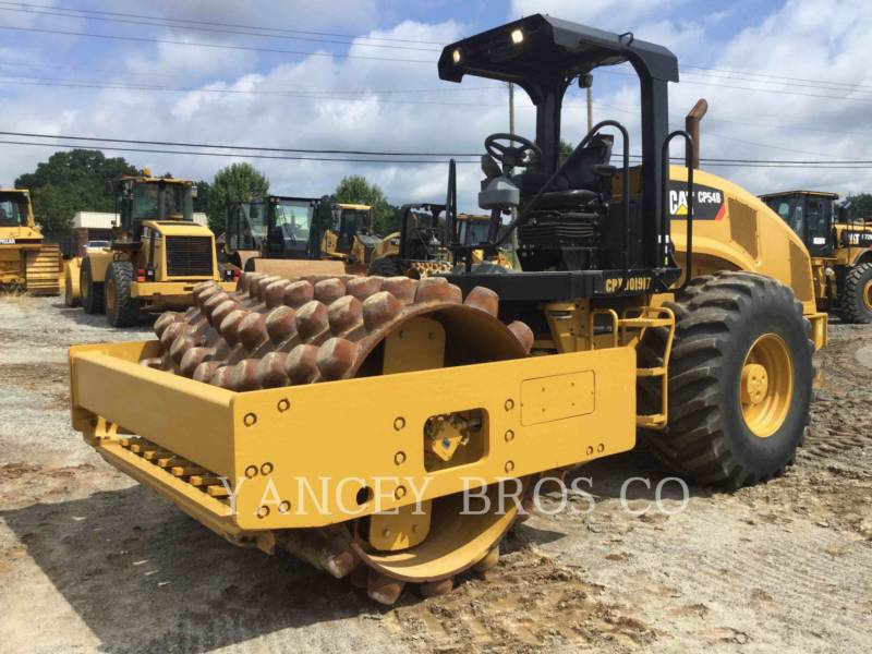 CATERPILLAR EINZELVIBRATIONSWALZE, BANDAGE CP54B equipment  photo 1