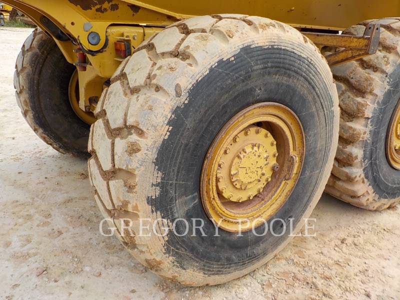 CATERPILLAR ARTICULATED TRUCKS 725 equipment  photo 23