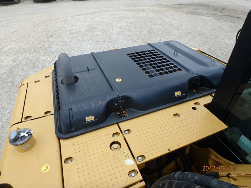 CATERPILLAR EXCAVADORAS DE CADENAS 320DLRR equipment  photo 17