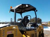 CATERPILLAR TAMBOR DOBLE VIBRATORIO ASFALTO CB54B equipment  photo 13
