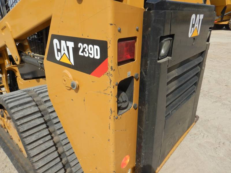CATERPILLAR DELTALADER 239D equipment  photo 23