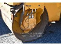 CATERPILLAR VIBRATORY DOUBLE DRUM ASPHALT CB14B equipment  photo 7
