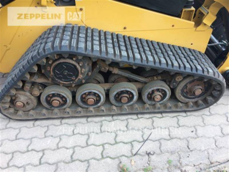CATERPILLAR KOMPAKTLADER 257D equipment  photo 19