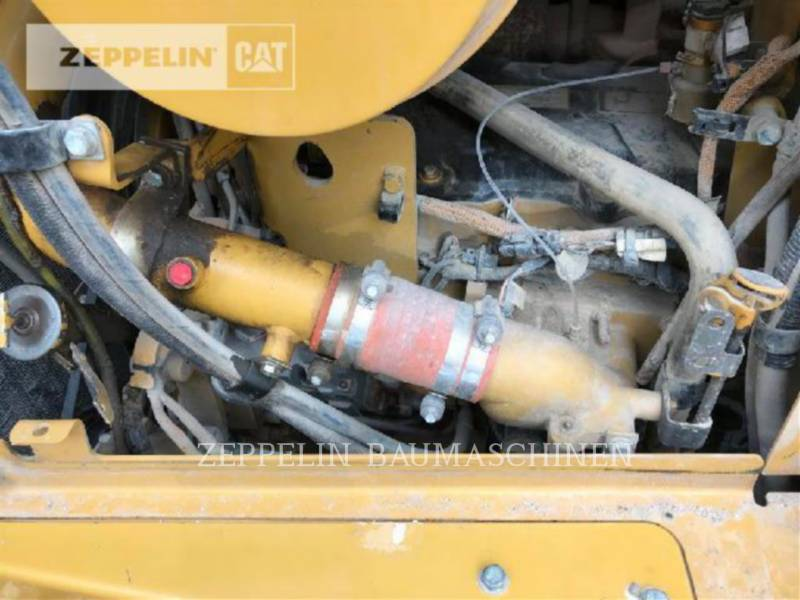 CATERPILLAR KETTENDOZER D6TXL equipment  photo 22