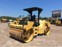 CATERPILLAR TRILLENDE DUBBELE TROMMELASFALTEERMACHINE CB64 equipment  photo 1