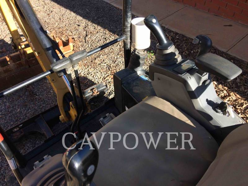 CATERPILLAR ESCAVADEIRAS 301.7DCR equipment  photo 13