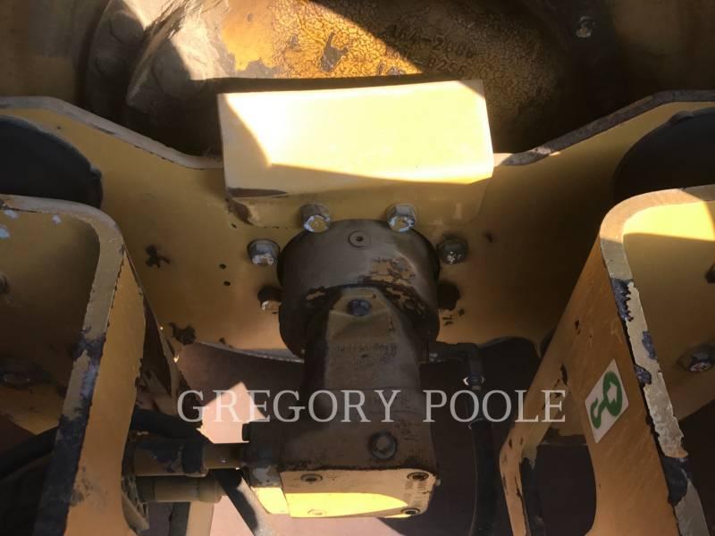 CATERPILLAR SOPORTE DE TAMBOR ÚNICO VIBRATORIO CP-56 equipment  photo 14