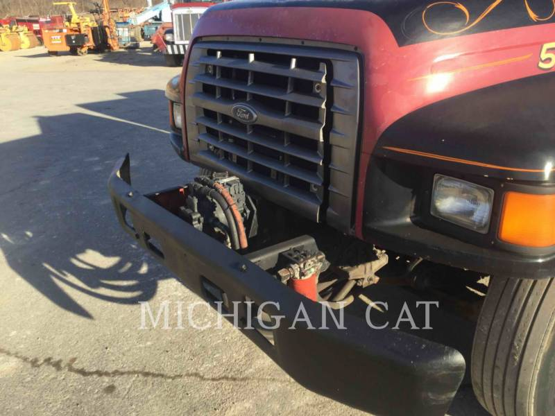 FORD TRUCK CAMIONS ROUTIERS F-SERIES  equipment  photo 14