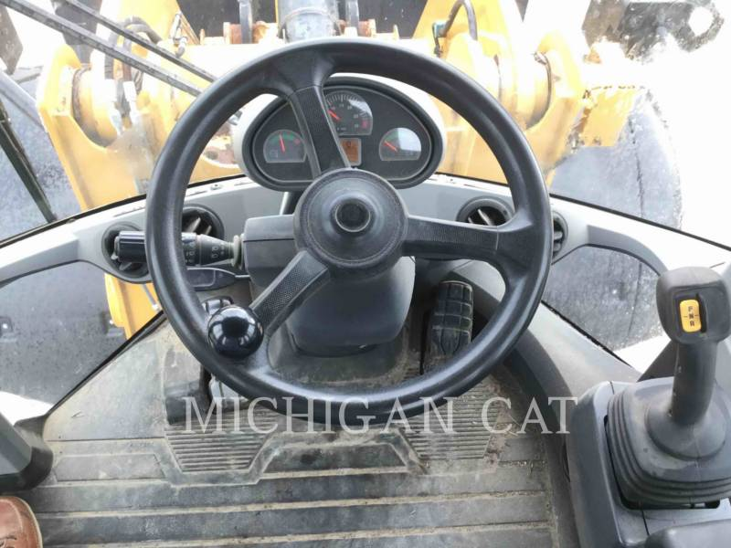 CATERPILLAR PALE GOMMATE/PALE GOMMATE MULTIUSO 938K equipment  photo 7