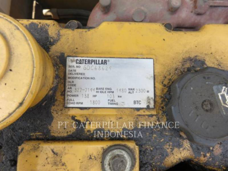 CATERPILLAR ESCAVATORI CINGOLATI 320D equipment  photo 7