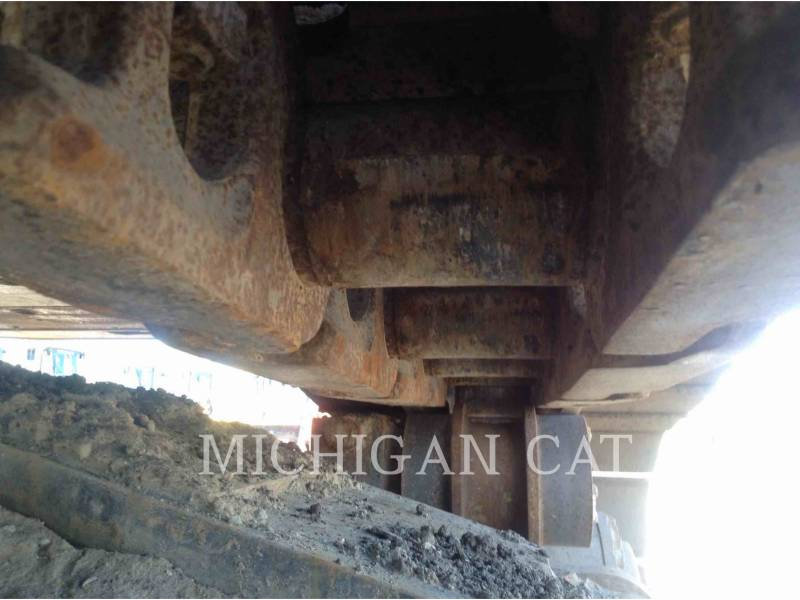 CATERPILLAR TRACK EXCAVATORS 365CL equipment  photo 19