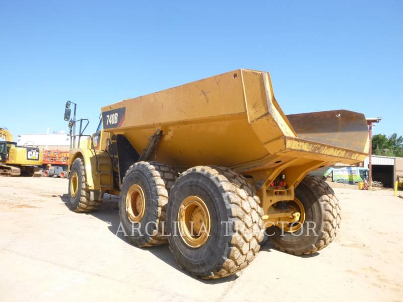 Caterpillar CAMIOANE ARTICULATE 740B equipment  photo 6