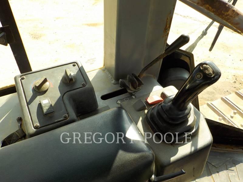 CATERPILLAR TRACTEURS SUR CHAINES D5G XL equipment  photo 22