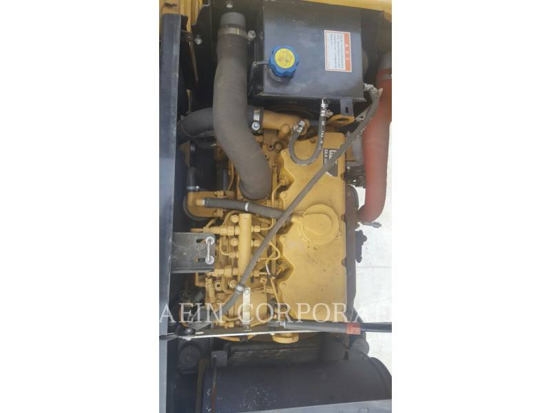 CATERPILLAR MOBILBAGGER M313D equipment  photo 13