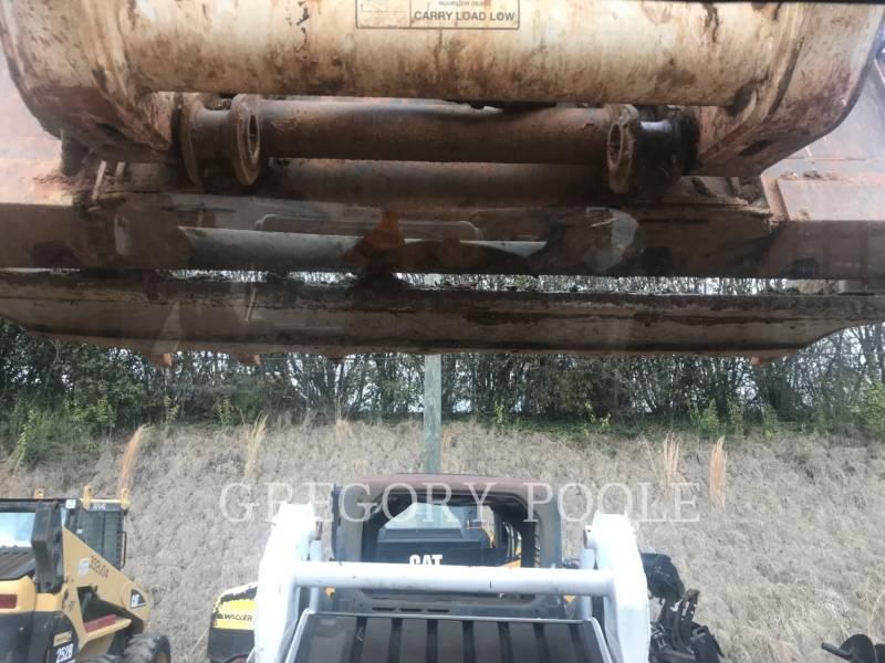 BOBCAT CHARGEURS TOUT TERRAIN T870 equipment  photo 23