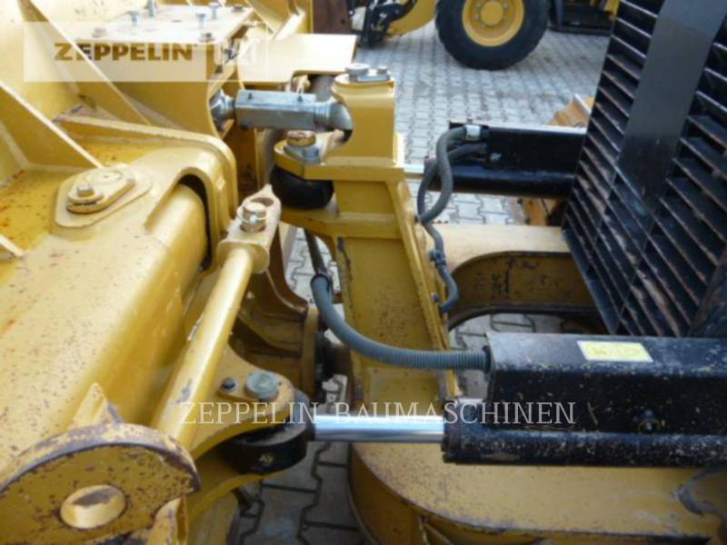 CATERPILLAR TRACK TYPE TRACTORS D6KXLP equipment  photo 19