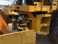 CATERPILLAR VIBRATORY SINGLE DRUM SMOOTH CS-533E equipment  photo 11