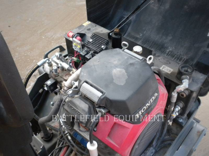 WACKER CORPORATION TAMBUR DUBLU VIBRATOR PENTRU ASFALT RD12A equipment  photo 10