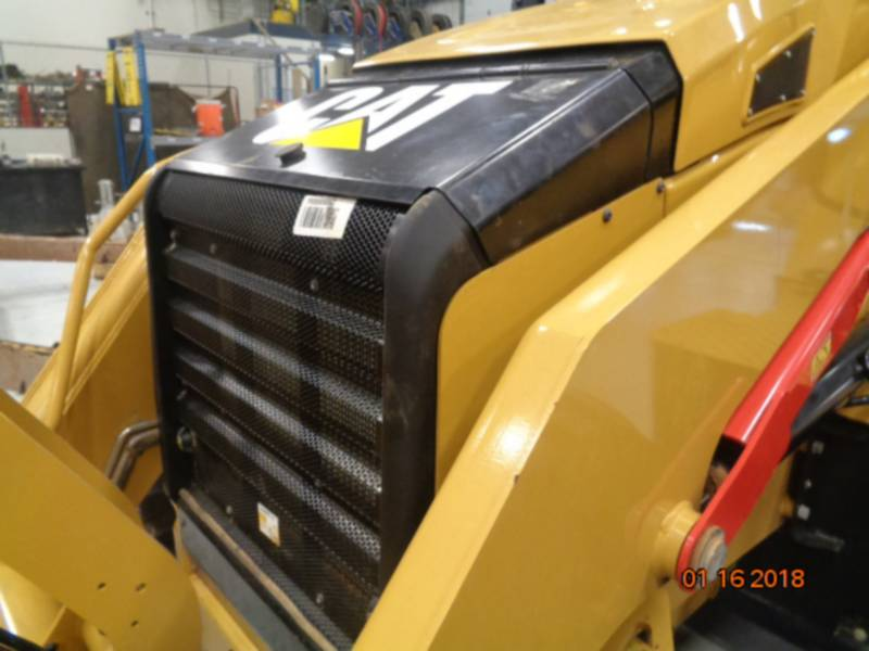 CATERPILLAR BAGGERLADER 420F2ST equipment  photo 18