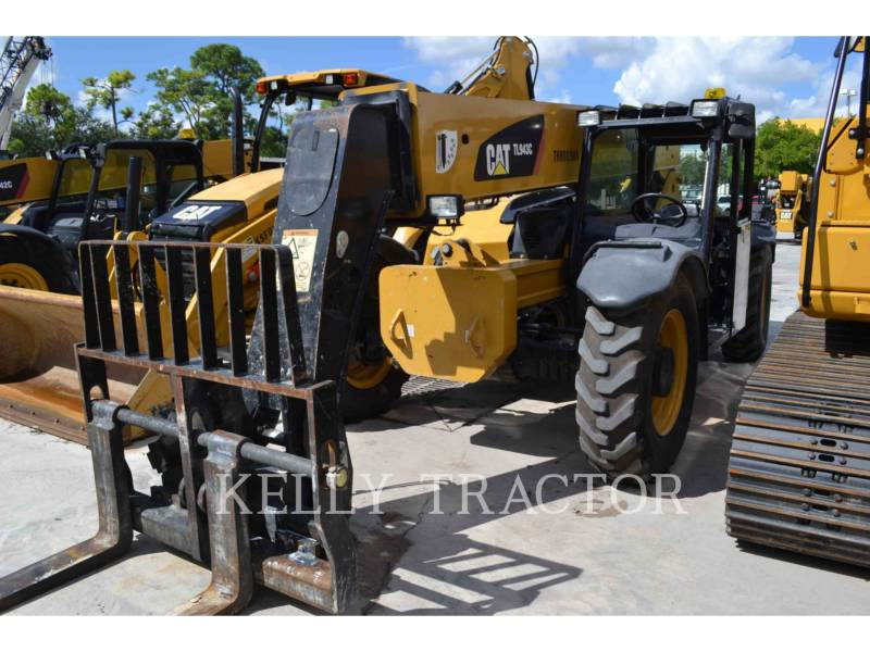CATERPILLAR TELEHANDLER TL943C equipment  photo 3