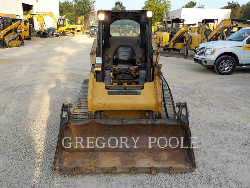 CATERPILLAR CARGADORES MULTITERRENO 257B equipment  photo 5