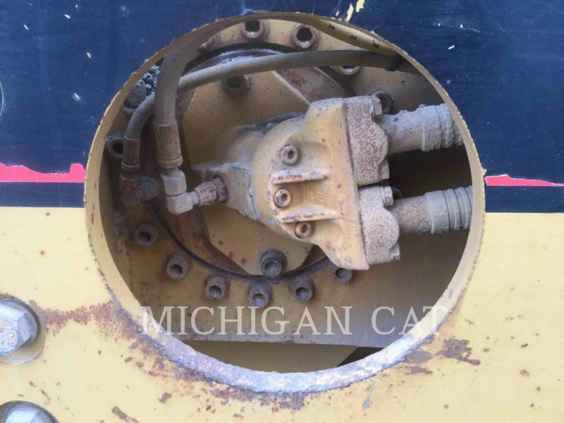 CATERPILLAR TAMBOR DOBLE VIBRATORIO ASFALTO CB-534C equipment  photo 13