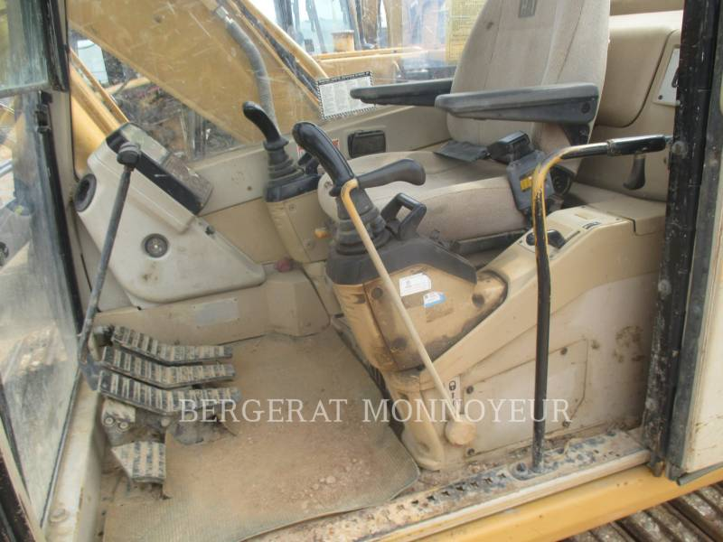 CATERPILLAR TRACK EXCAVATORS 312 equipment  photo 15