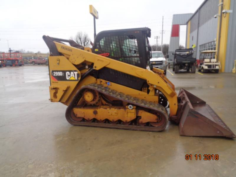CATERPILLAR CHARGEURS TOUT TERRAIN 299D2 equipment  photo 23
