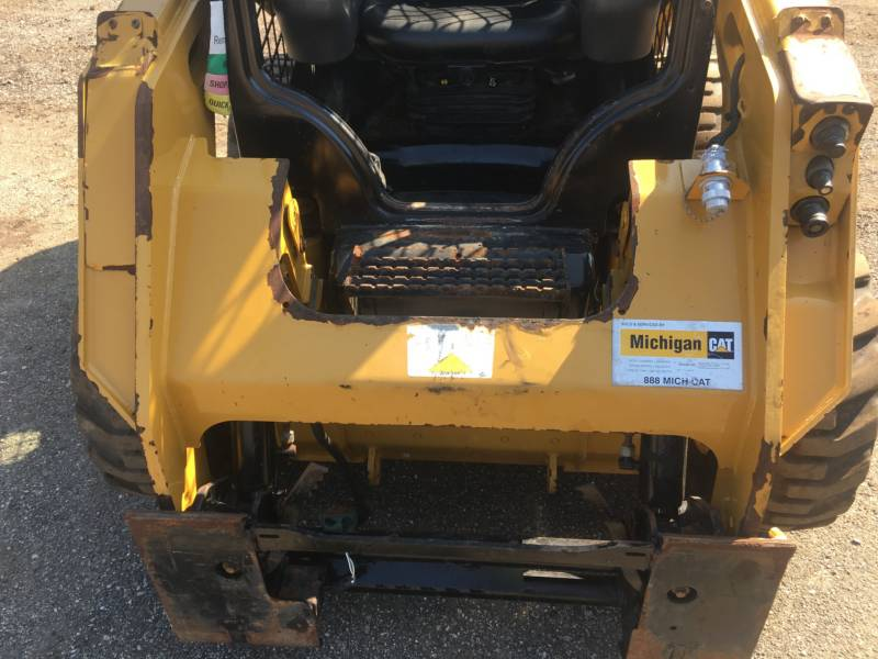 CATERPILLAR SKID STEER LOADERS 236D equipment  photo 17