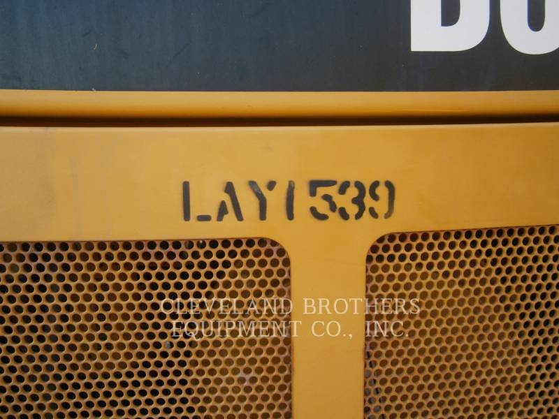 CATERPILLAR TRACK TYPE TRACTORS D6TXL equipment  photo 5