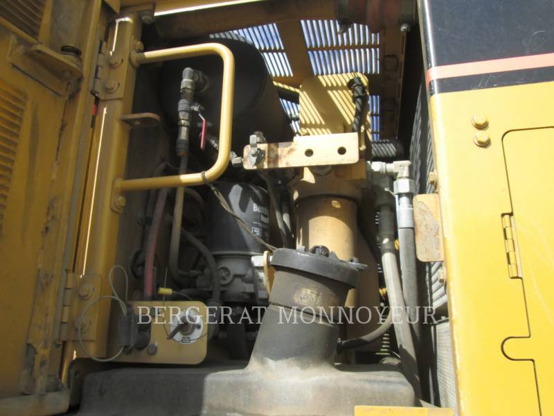 CATERPILLAR NIVELEUSES 120H equipment  photo 10