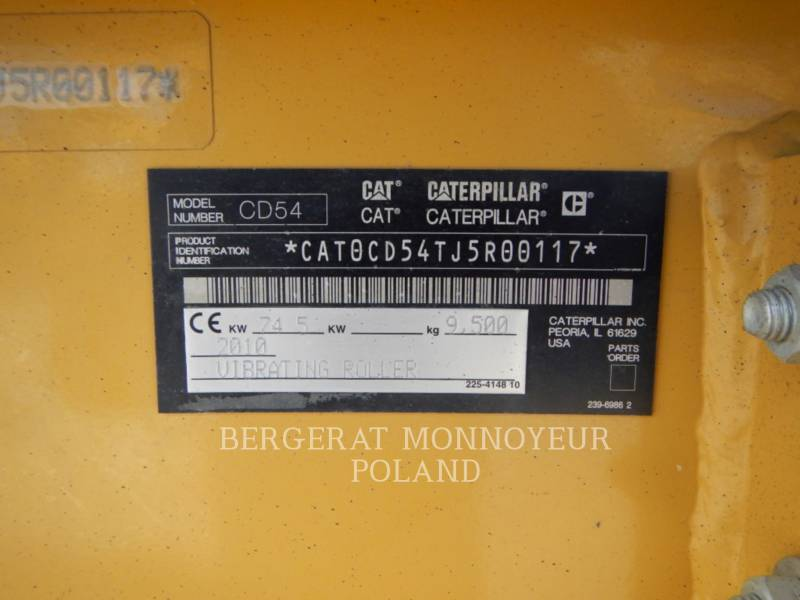 CATERPILLAR ROLO COMPACTADOR DE ASFALTO DUPLO TANDEM CD54 equipment  photo 5