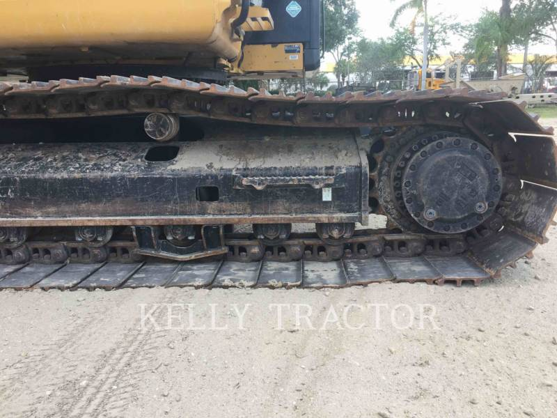 CATERPILLAR TRACK EXCAVATORS 323FL equipment  photo 12