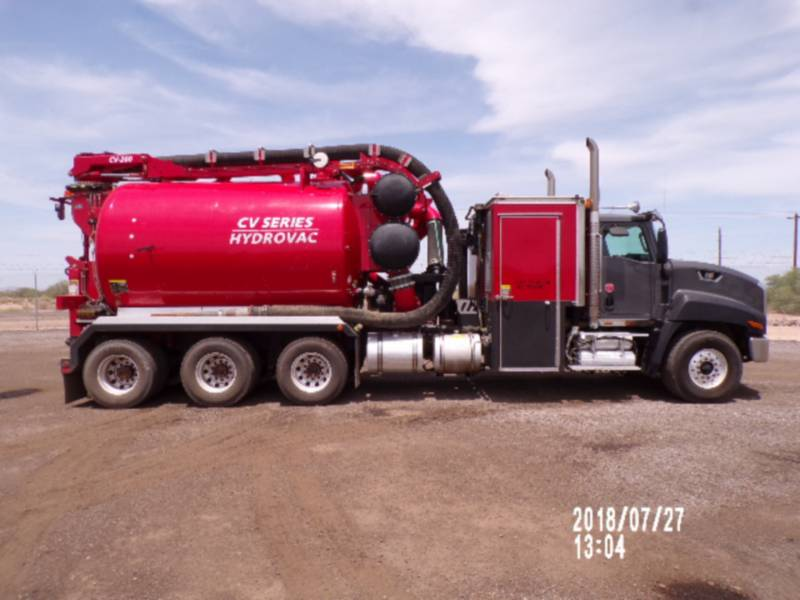 CATERPILLAR CIĘŻARÓWKI DROGOWE CT660L equipment  photo 7