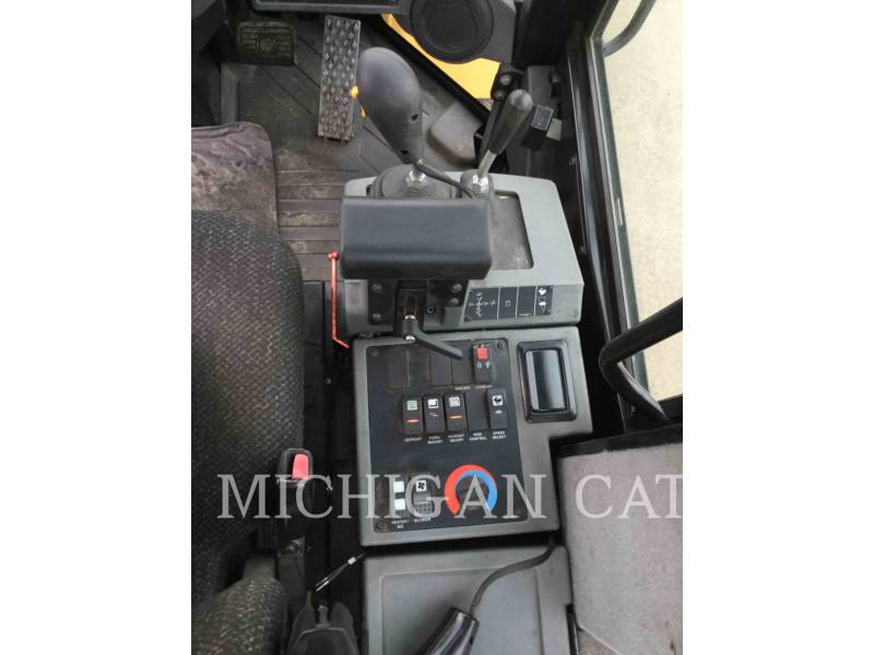CATERPILLAR PALE GOMMATE/PALE GOMMATE MULTIUSO IT14G equipment  photo 7