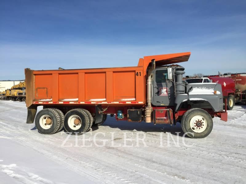 MACK OFF HIGHWAY TRUCKS DM688S equipment  photo 5