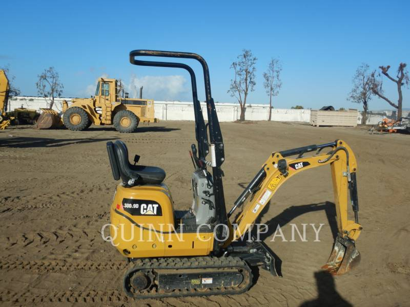 CATERPILLAR 履带式挖掘机 300.9D equipment  photo 1