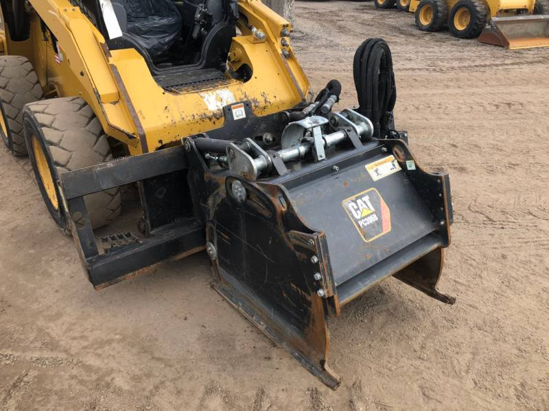 CATERPILLAR CHARGEURS COMPACTS RIGIDES 272D equipment  photo 14