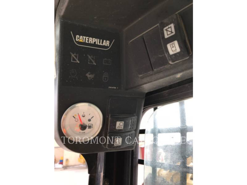 CATERPILLAR CHARGEURS COMPACTS RIGIDES 252B equipment  photo 13