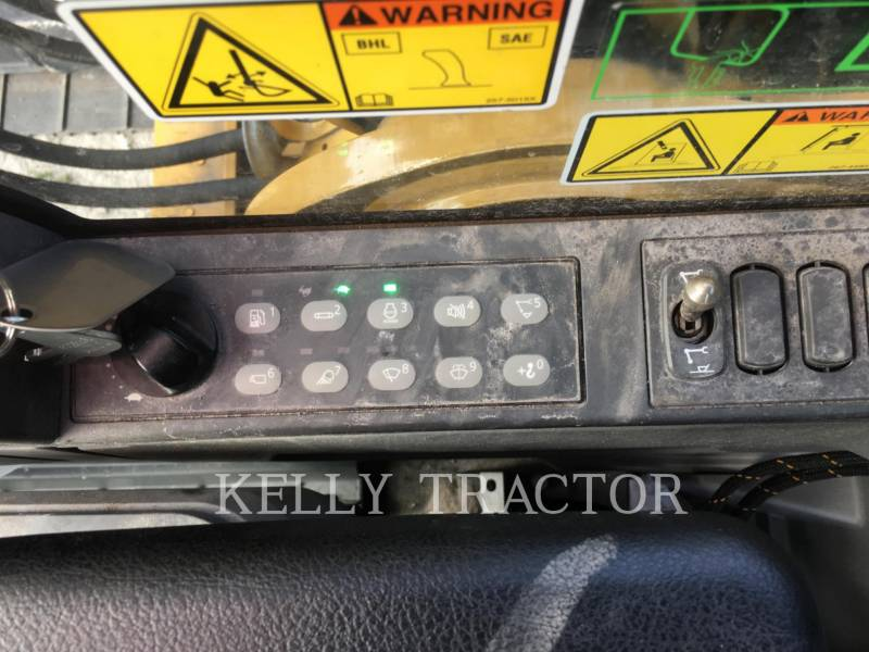 CATERPILLAR TRACK EXCAVATORS 318EL equipment  photo 16