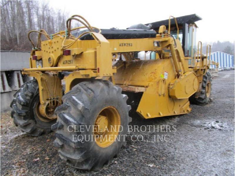 CATERPILLAR REPANDEUR DE BITUME RM500 equipment  photo 1