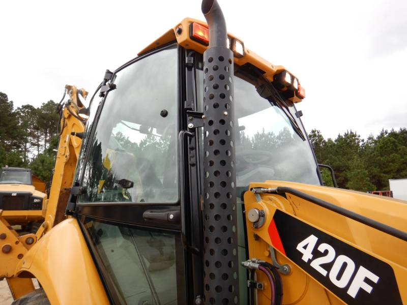 CATERPILLAR BACKHOE LOADERS 420FST equipment  photo 18