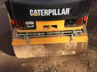 CATERPILLAR VIBRATORY DOUBLE DRUM ASPHALT CB24 equipment  photo 6