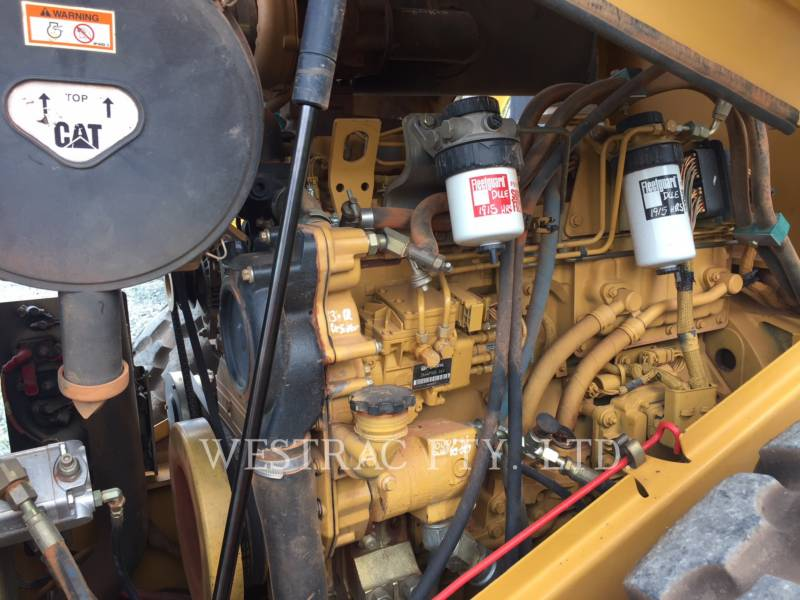 CATERPILLAR VIBRATORY SINGLE DRUM SMOOTH CS-563E equipment  photo 5