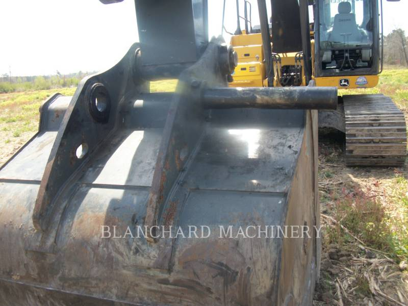 JOHN DEERE ESCAVATORI CINGOLATI 250GLC equipment  photo 11