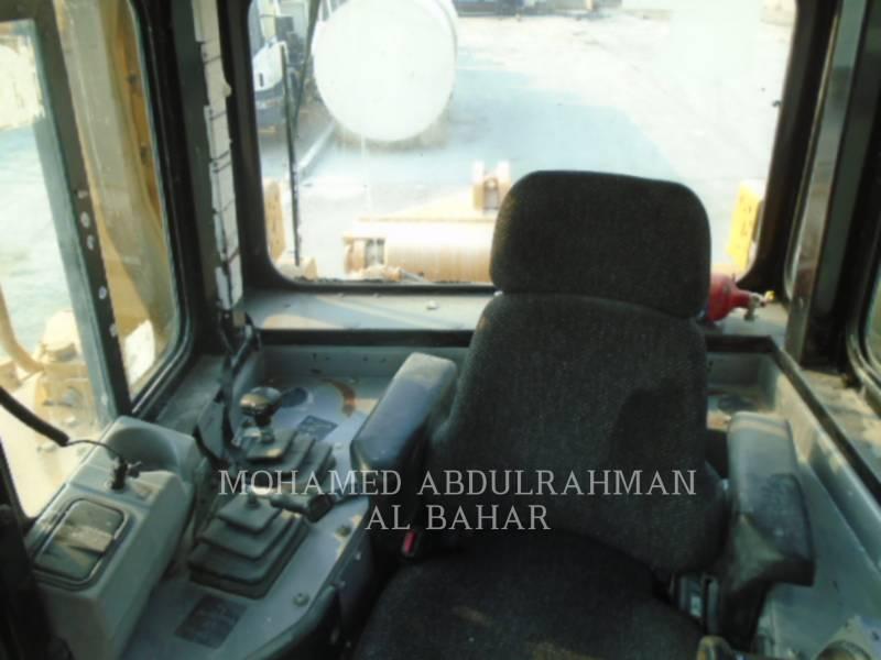 CATERPILLAR TRACK TYPE TRACTORS D8RLRC equipment  photo 11