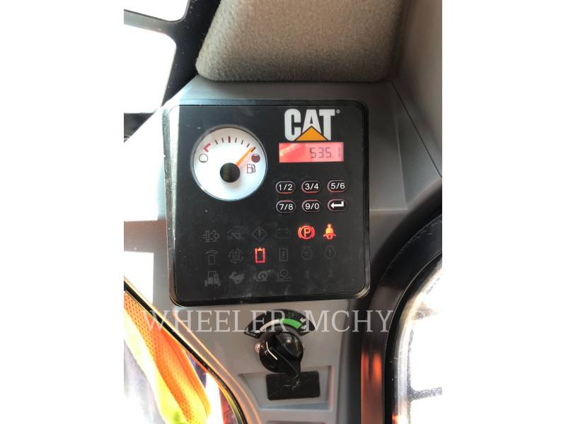 CATERPILLAR SKID STEER LOADERS 226D equipment  photo 6