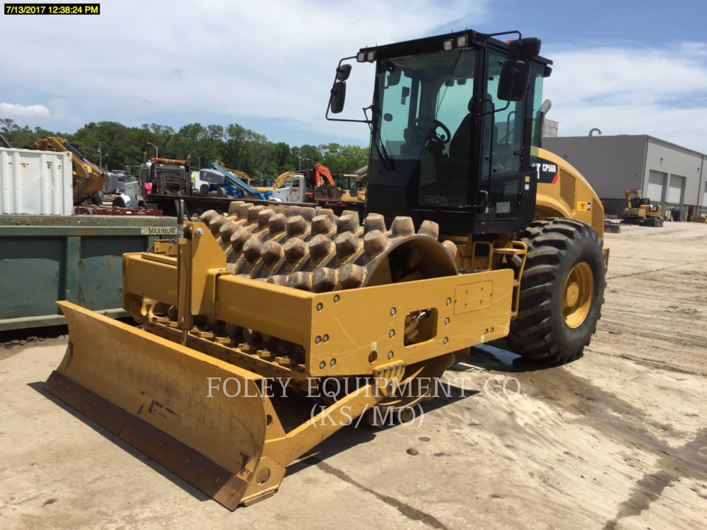 Detail photo of 2014 Caterpillar CP56B from Construction Equipment Guide