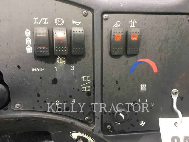 CATERPILLAR TELESKOPSTAPLER TL642C equipment  photo 15